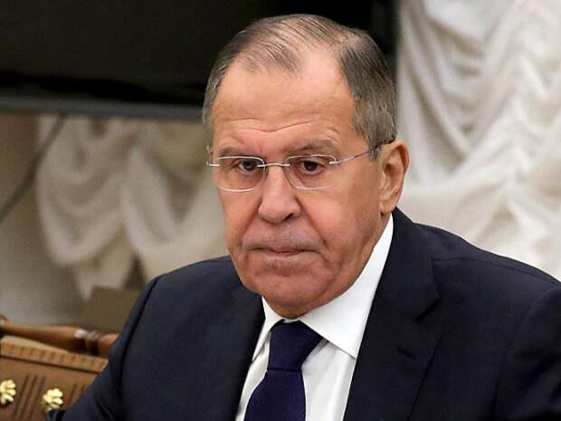 Лавров сообщил о том, что Россия располагает базой для создания аналога SWIFT
