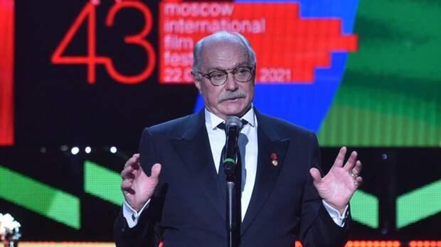 Режиссер Никита Михалков назвал плюс санкций для отечественного кино