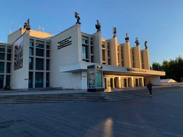 Первый компонент вакцины от коронавируса будут ставить в Театре оперы и балета в Ижевске
