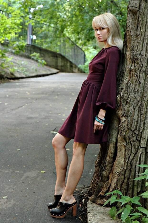 Модные клоги: обувь крестьян и ремесленников в стильных образах весны 2021