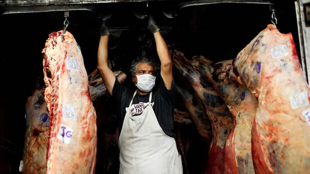 Аргентина ввела 30-дневный запрет на экспорт говядины