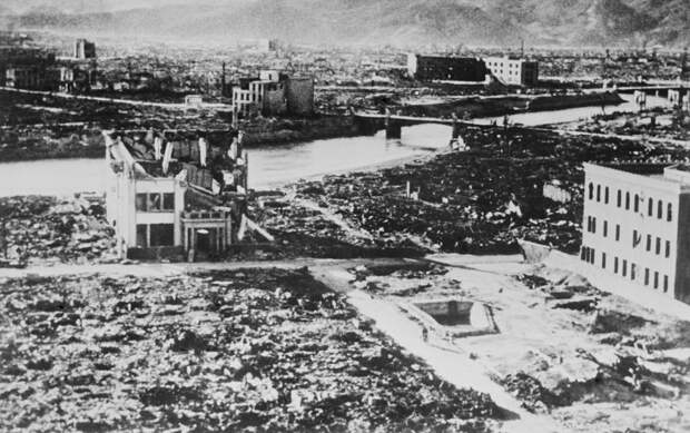 Там, где был человек, оставалась тень. К годовщине бомбардировки Хиросимы и Нагасаки