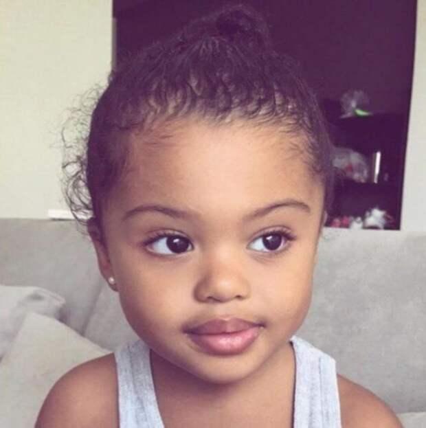 Как сейчас выглядит самая красивая малышка в мире