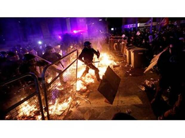 Испанию охватили огонь и ярость