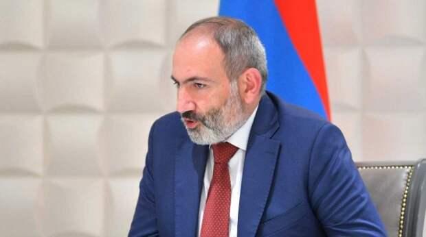 Пашинян оконфузился во время обращения к президенту Казахстана – видео