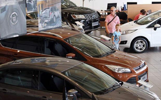 Машины продолжат дорожать — опрос дилеров