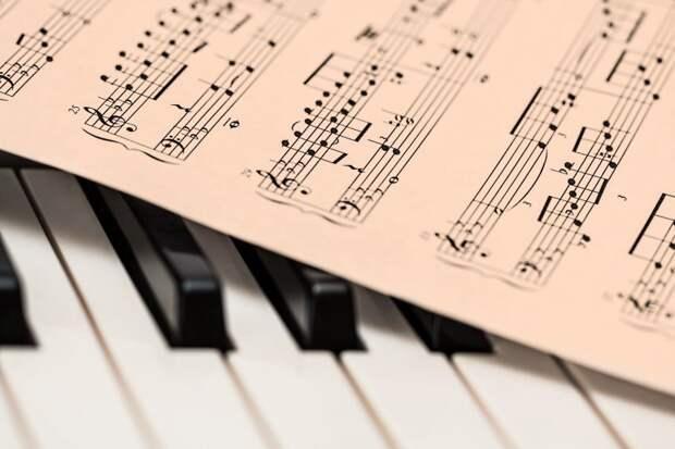 В музыкально-поэтической гостиной на Фестивальной пройдет концерт