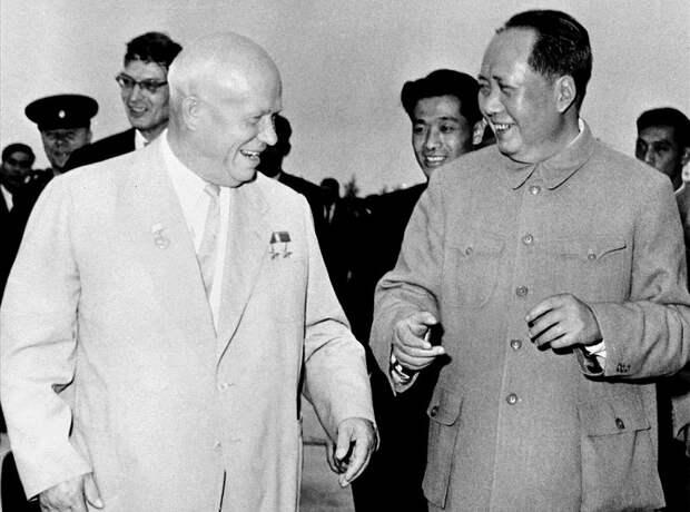 Почему Хрущёв поссорился с «вождём» Китая Мао Цзэдуном