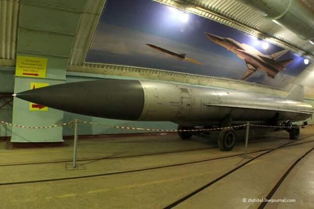 Секретное метро для подводных лодок в Крыму