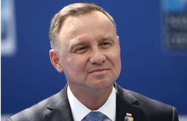 В Германии сочли поведение президента Польши оскорбительным для Меркель
