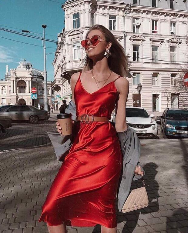 Платье-слип: вещь, без которой не обойтись этим летом
