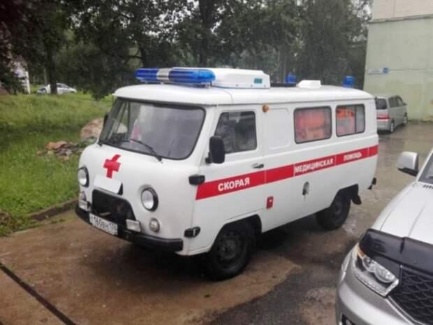 В Приморье водителю выстрелили в голову, и раненый ехал, пока не врезался в «скорую»