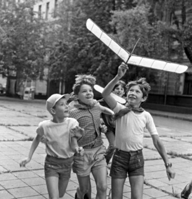 """""""Вселенная"""" нашего детства"""