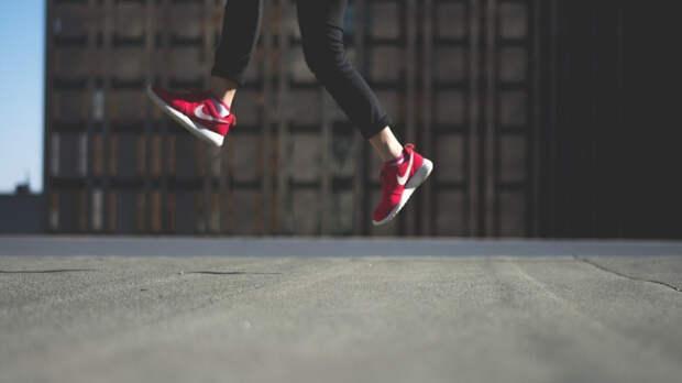 Директор сети Nike в Екатеринбурге избила кладовщика за покупку кроссовок
