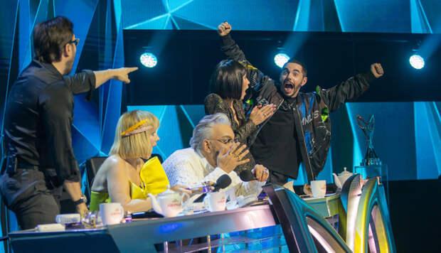 Азиза разочаровалась в жюри и со слезами покинула студию. Четвертый выпуск шоу «Маска»