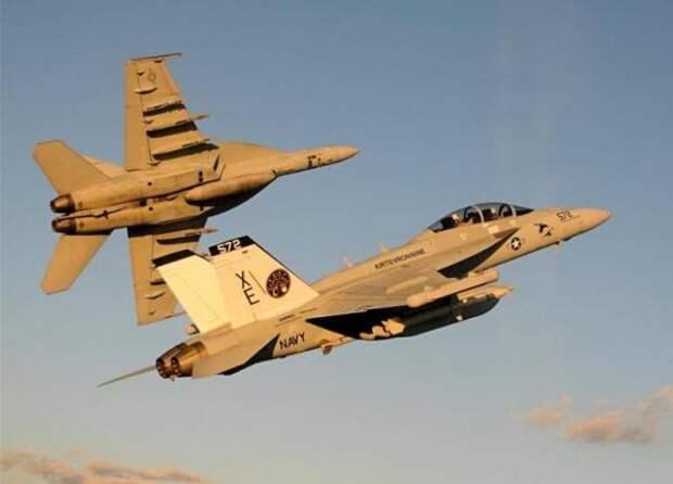 Проверяя реакцию Ирана, Пентагон едва не поплатился двумя самолетами-разведчиками