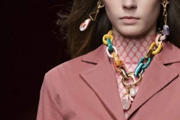 Модные украшения 2021: тренды и новинки сезона