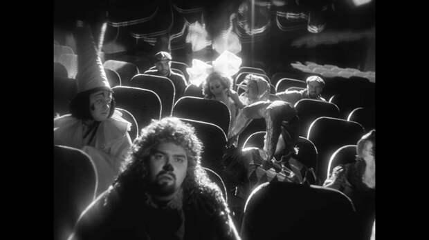 Театр грехов: Александр Гудков, Денис Дорохов и Ян Гэ снялись в клипе Feduk