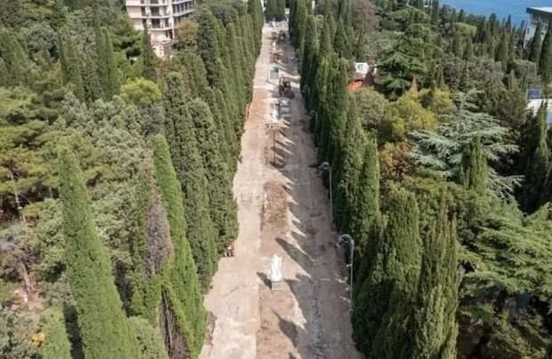 Второй этап благоустройства Симеизского парка завершен на 30%
