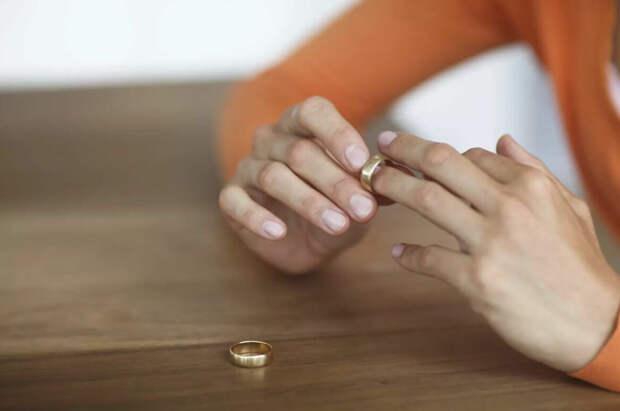После родовой период и возможный развод