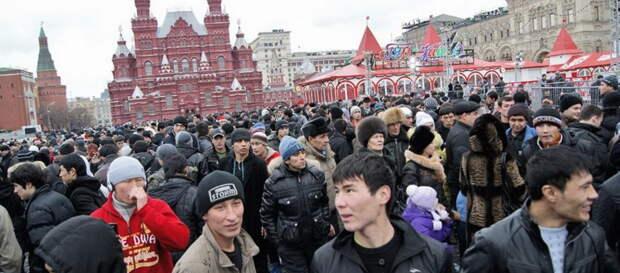 С 2022 по 2030 год в России планируются принять порядка полумиллиона переселенцев — соотечественников,...