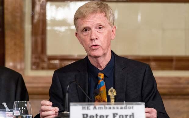 Бывший британский посол о продолжении войны против Сирии