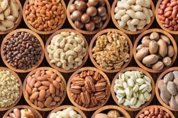Зачем нужно замачивать орехи?