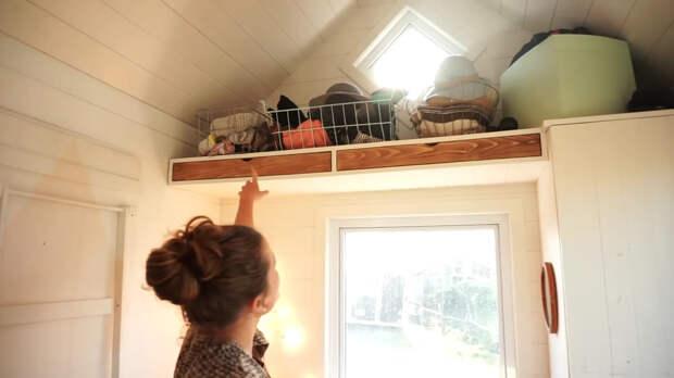 полки для хранения в маленьком доме
