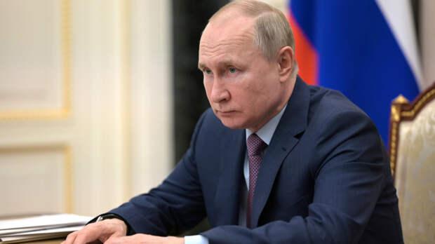 Владимир Путин продлил срок службы Чайки на год
