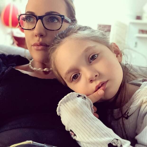 Звезда сериала «Великолепный век» Мерьем Узерли снялась в откровенной фотосессии