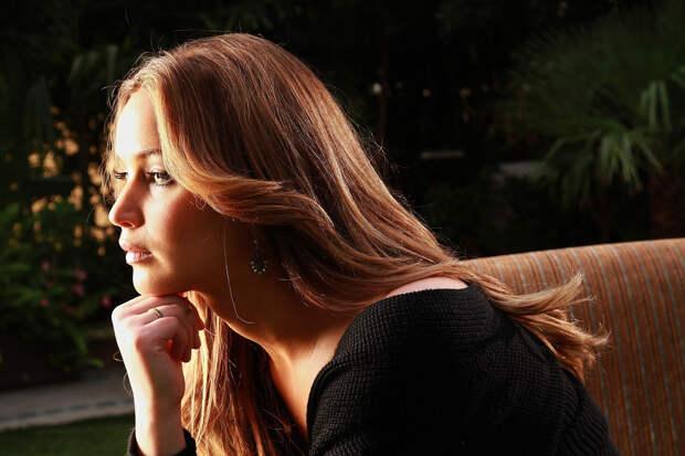Дженнифер Лоуренс (Jennifer Lawrence) в фотосессии Кирка Маккоя (Kirk McKoy) дляLos Angeles Times (сентябрь 2013)
