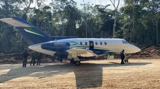 Hawker HS.125-400 гватемальских наркоторговцев