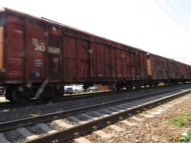 На станции «Червона Могила» зафиксирован железнодорожный состав с крытым грузом
