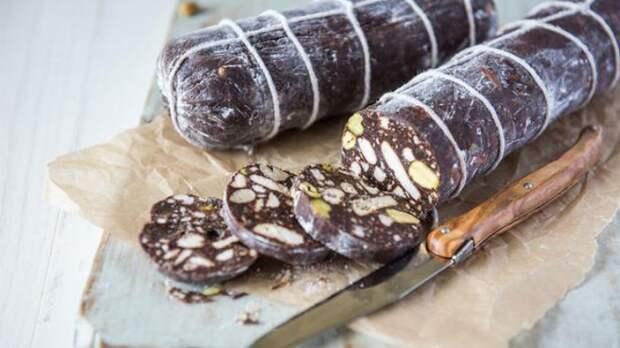 Шоколадная «колбаска». \ Фото: simya.com.ua.