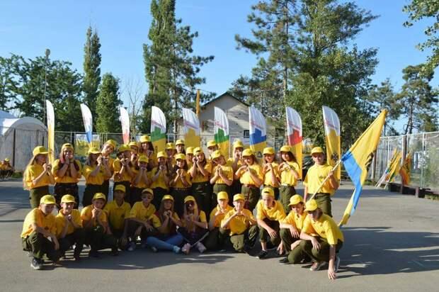 Открыт прием заявок на участие в лагерях «Страна Героев»