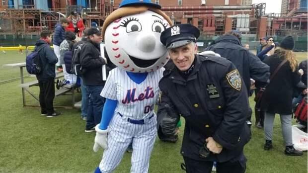 Мэром Нью-Йорка станет русский парень? Вмешиваемся в выборы в главном городе Америки