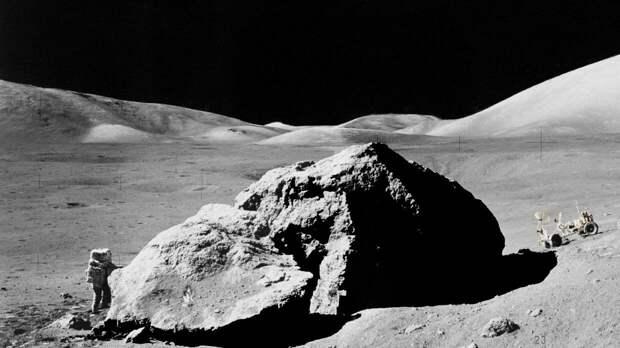 SpaceX Илона Маска достался контракт NASA по доставке астронавтов на Луну