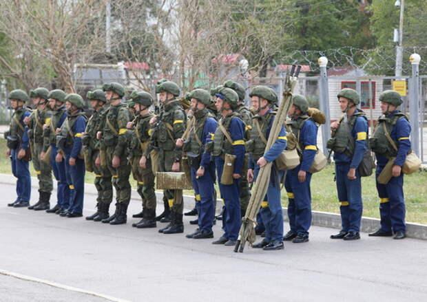 Подразделения антитеррора дальней авиации отбили  нападение условных террористов под Саратовом