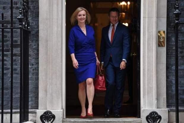 Перестановка в правительстве Джонсона: внешней и внутренней политикой будут руководить женщины