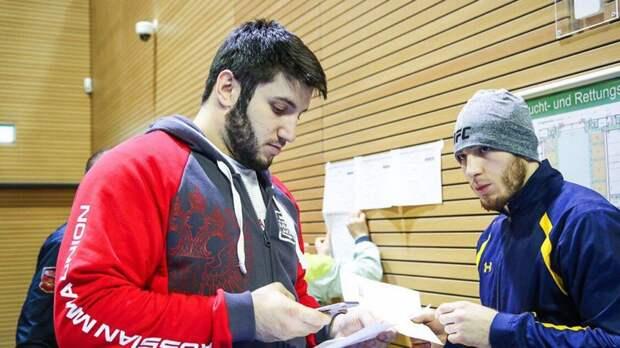 Чемпион промоушна Хабиба выступит в отборочном турнире в UFC