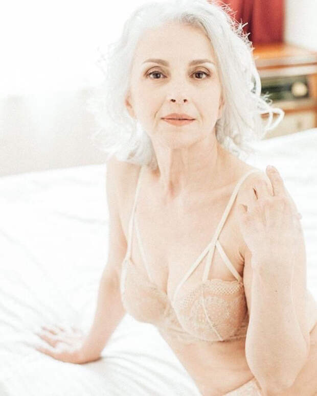 Playboy в России впервые опубликовал фото 61-летней модели в белье (ФОТО)