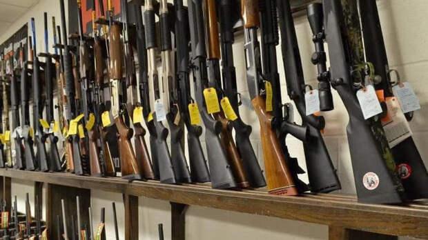 В Госдуме хотят лишать свободы до 20 лет за сбыт оружия
