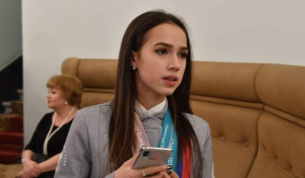 31-летняя фигуристка утерла нос молодой чемпионке Загитовой