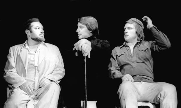 Первый советский исполнитель роли Воланда Вениамин Смехов, Театр на Таганке, 1977   Фото: journal.learnoff.com