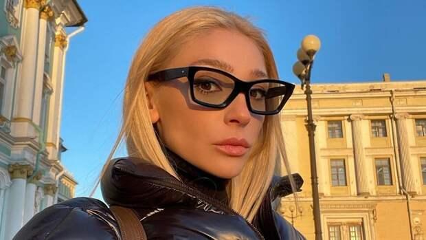 Анастасия Ивлеева спровоцировала слухи о беременности