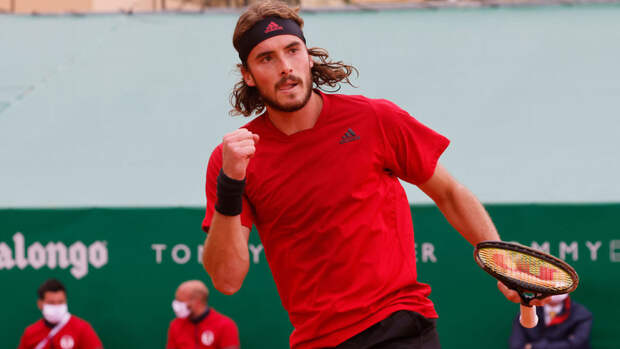 Циципас назвал любимого теннисиста из России
