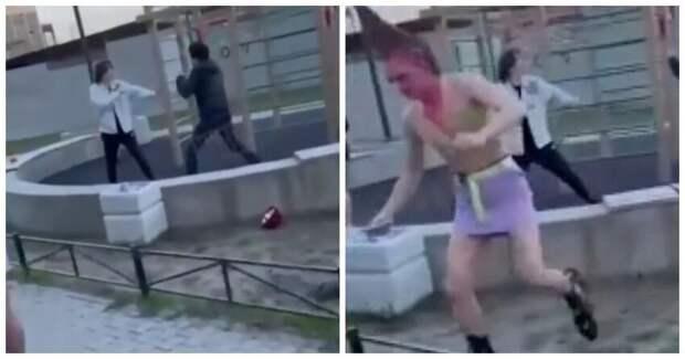 ВПетербурге двое мужчин отлупили переодетых вженщин тиктокеров