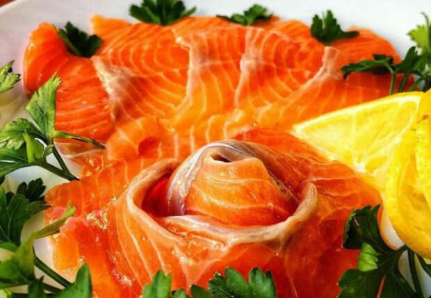 Солим рыбу: через 15 минут закуска разлетается со стола