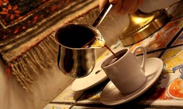 http://beautycoffee.com.ua/wp-content/uploads/2015/11/Ibrik-2-550x400-550x330.jpg