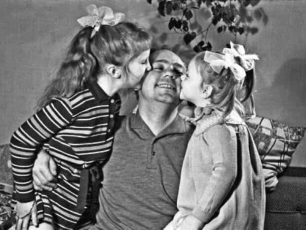 Нелепая судьба дочери легендарных актёров Николая Рыбникова и Аллы Ларионовой